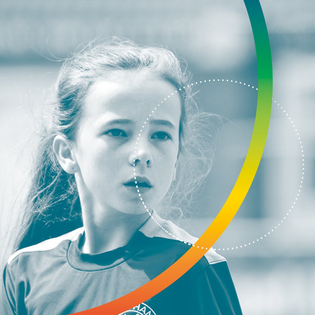 Young female football player - Kardia Sports
